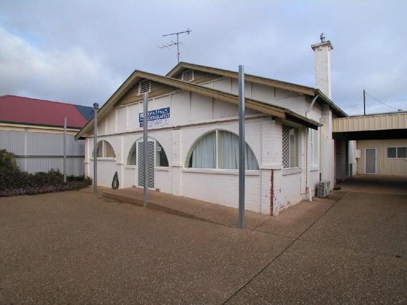20 Fitzhardinge Street WAGGA WAGGA NSW 2650