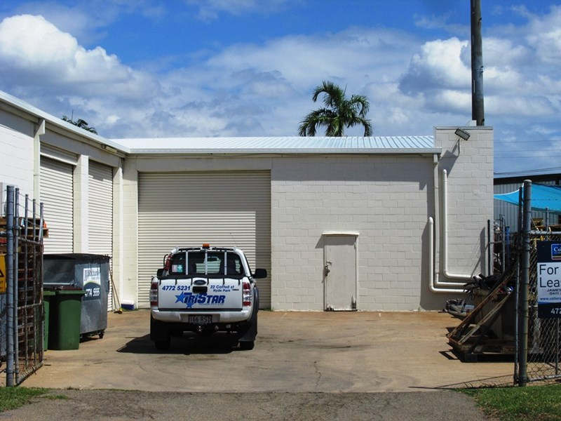 22 COTTELL STREET HYDE PARK QLD 4812