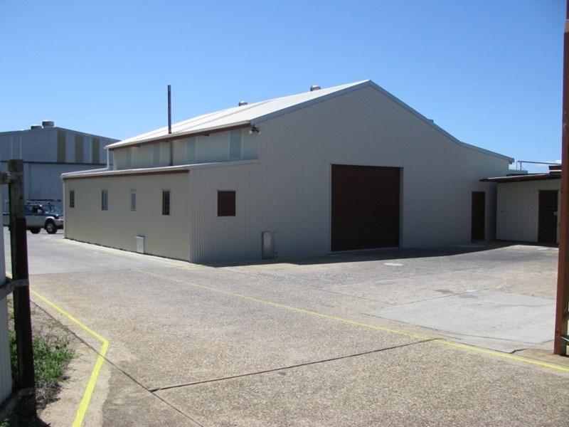 102 Anzac Avenue REDCLIFFE QLD 4020