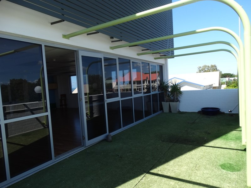5/182 Bay Terrace WYNNUM QLD 4178