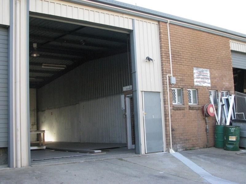 2/274 Duffield Road CLONTARF QLD 4019