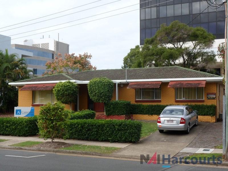 107 Upton Street BUNDALL QLD 4217