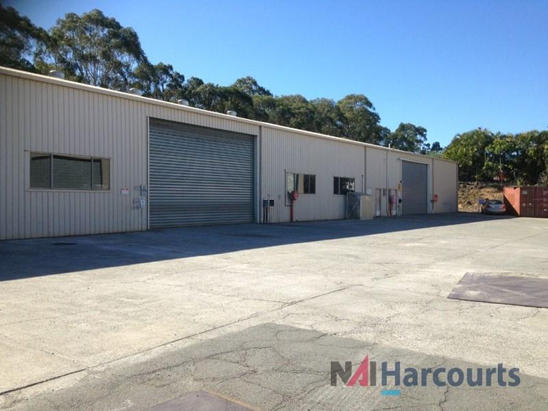 2/9 Supply Court ARUNDEL QLD 4214