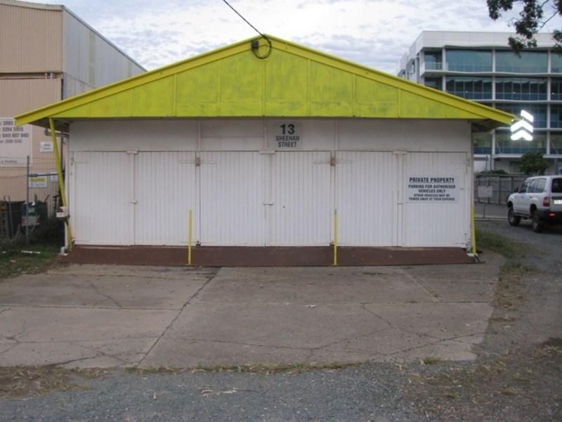13 Sheehan Street REDCLIFFE QLD 4020