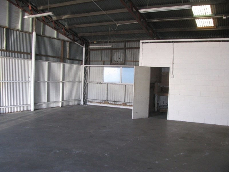 54 High Street KIPPA-RING QLD 4021