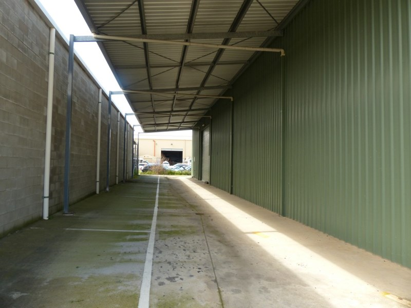 858 Ramsden Drive ALBURY NSW 2640