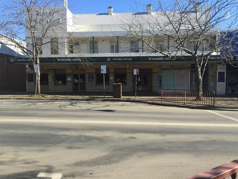 71 Wynyard Street TUMUT NSW 2720