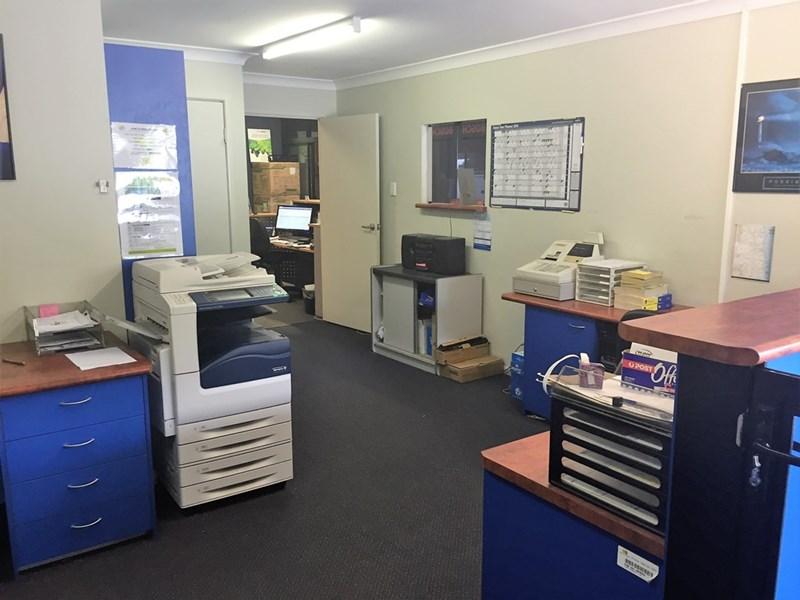 81 Enterprise Street KUNDA PARK QLD 4556