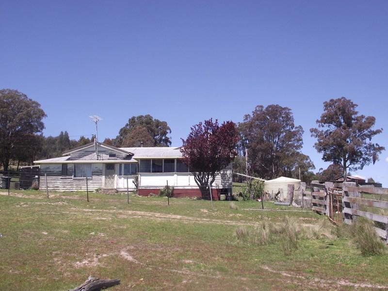 904 Geraldine Road WALCHA NSW 2354