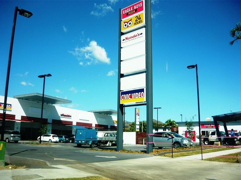 2 / 109 Thuringowa Drive KIRWAN QLD 4817