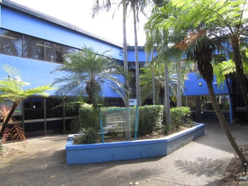 13 Karp Court BUNDALL QLD 4217