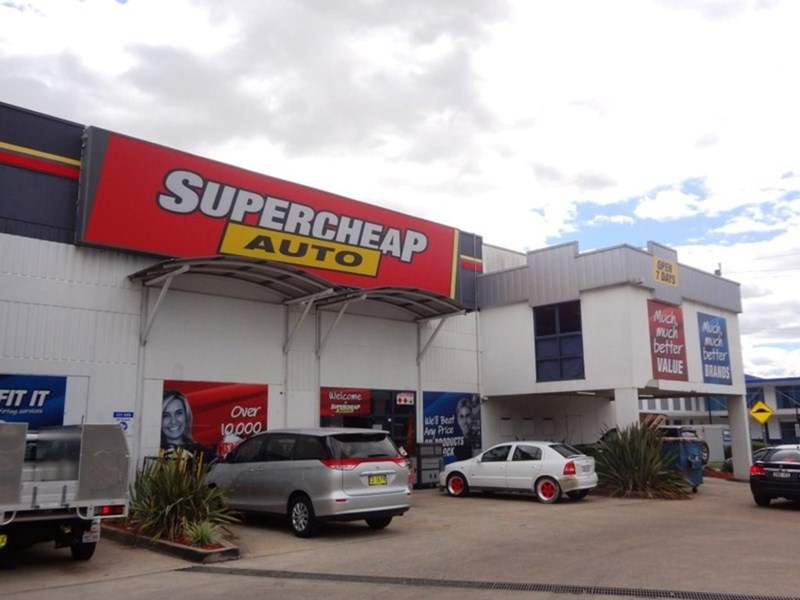708-712 Corner Woodville Road and Fairfield Road FAIRFIELD EAST NSW 2165
