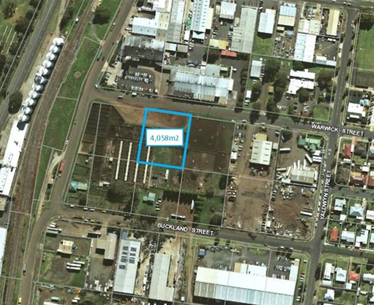 Lot 82/20 - 32 Condamine Street HARRISTOWN QLD 4350