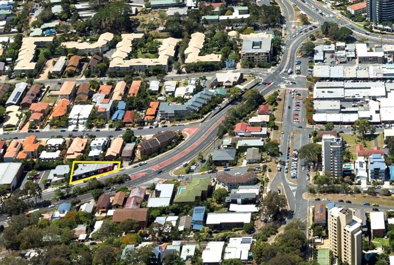 39 West Burleigh Road BURLEIGH HEADS QLD 4220