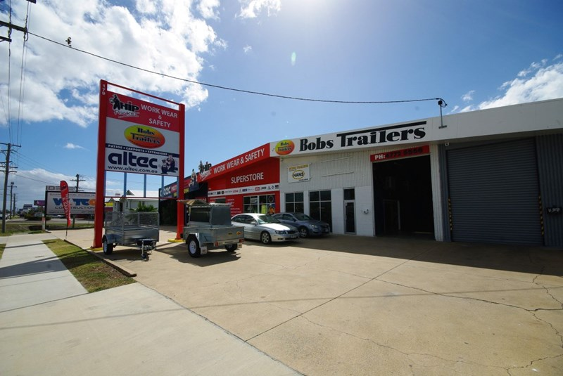 Unit 2, 179 Ingham Road WEST END QLD 4810