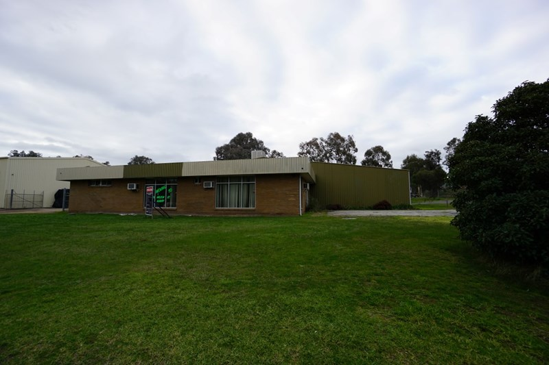 22 Conrad Place LAVINGTON NSW 2641
