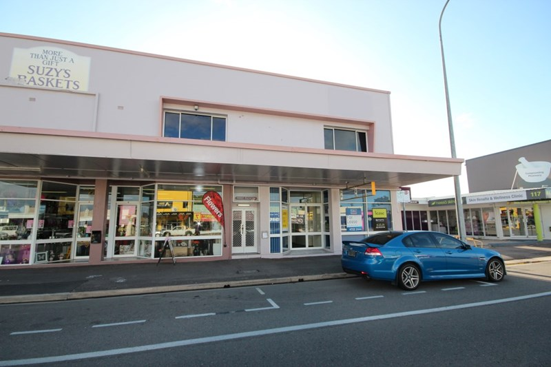 T4 119 Charters Towers Road HYDE PARK QLD 4812