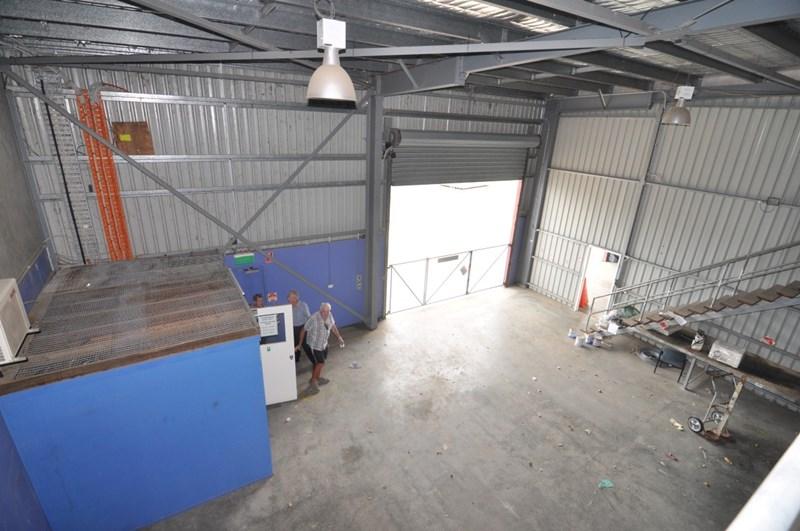 8-10 Webb Drive MOUNT ST JOHN QLD 4818