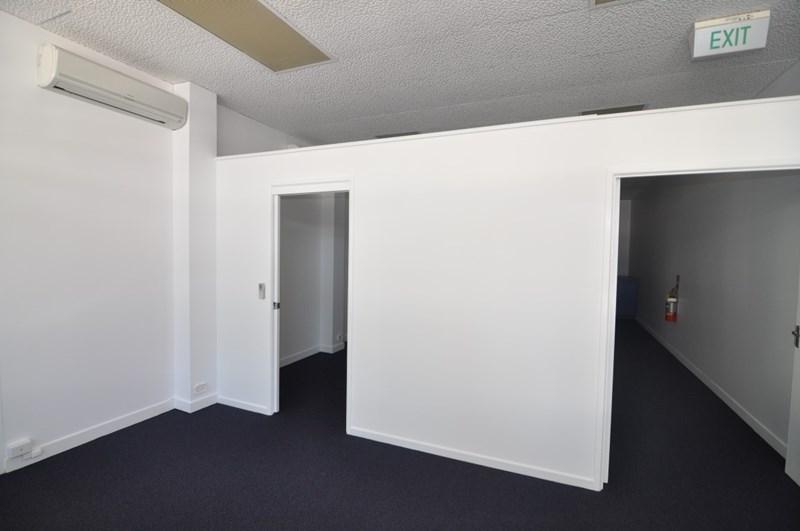 60 Blackwood Street TOWNSVILLE CITY QLD 4810