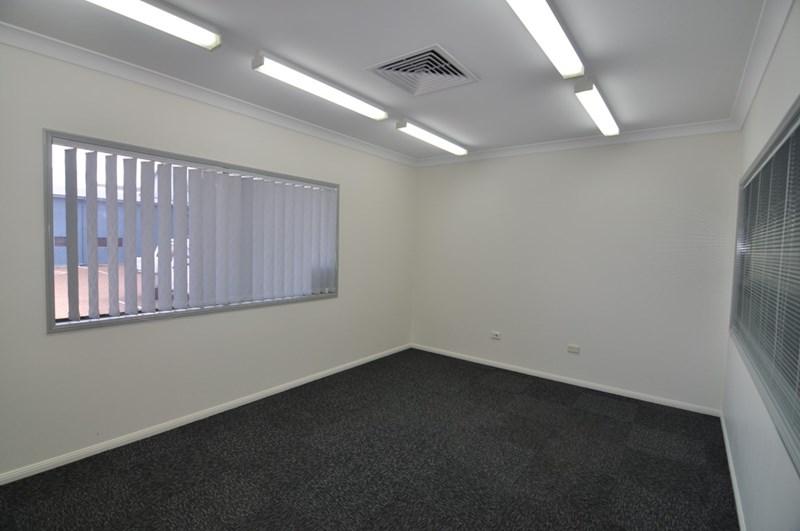577-583 Flinders Street TOWNSVILLE CITY QLD 4810