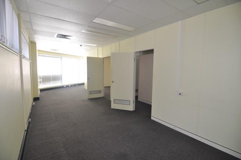 169 Denham Street TOWNSVILLE CITY QLD 4810