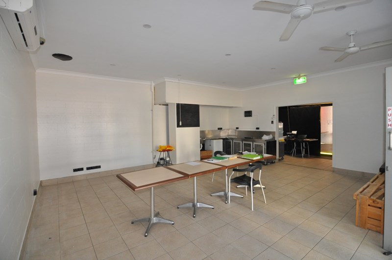 30 Palmer Street SOUTH TOWNSVILLE QLD 4810