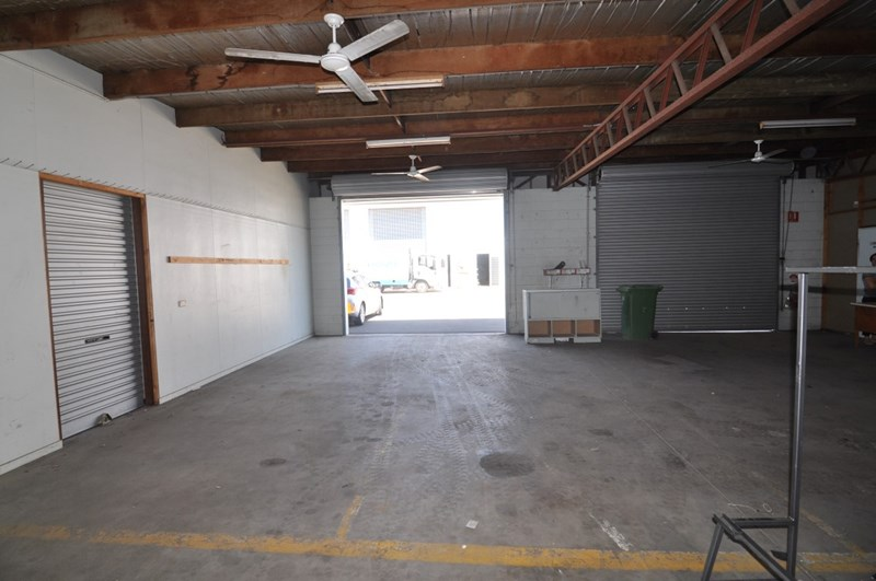 Unit 2, 12-20 Cottell Street HYDE PARK QLD 4812