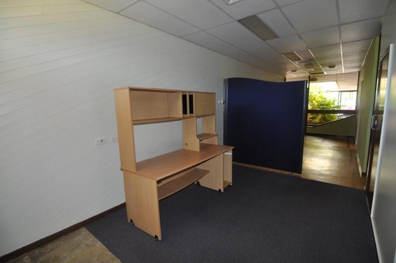 Unit 3, 42 Ross River Road MUNDINGBURRA QLD 4812