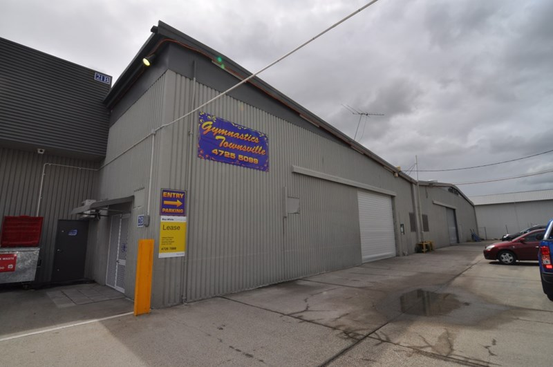 Unit 2, 19 Keane Street CURRAJONG QLD 4812