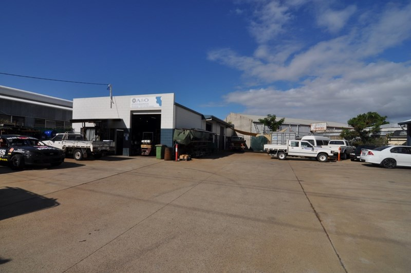 Unit 2, 16 Reardon Street CURRAJONG QLD 4812