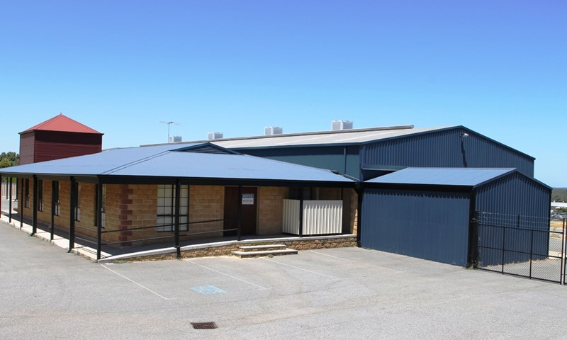 285 South Western Highway ARMADALE WA 6112