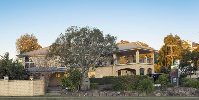 5 Herries Street EAST TOOWOOMBA QLD 4350
