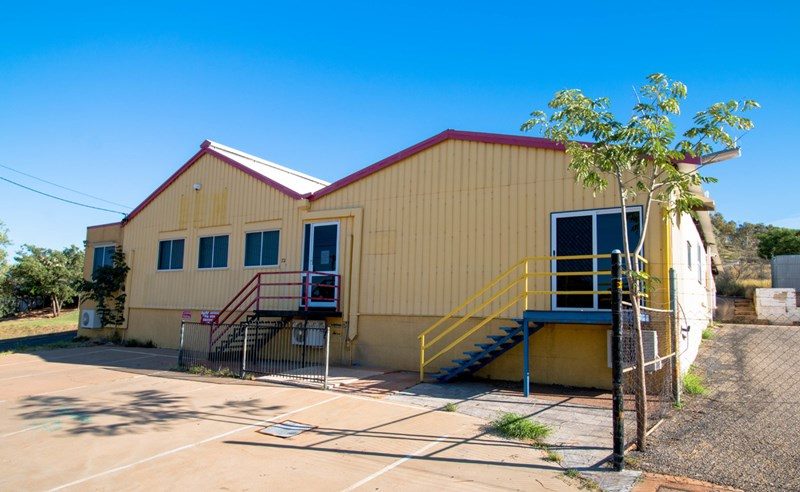 72 Hilary Street MOUNT ISA QLD 4825