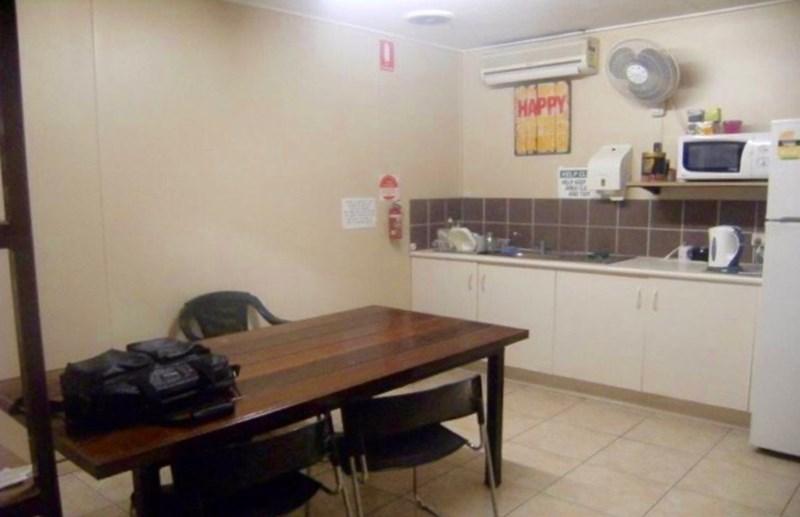 33 Civil Road GARBUTT QLD 4814