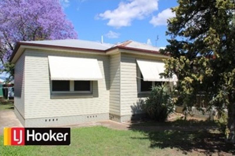 3 Hillvue Road TAMWORTH NSW 2340