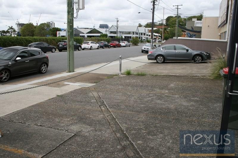 1/30 Ross Street NEWSTEAD QLD 4006