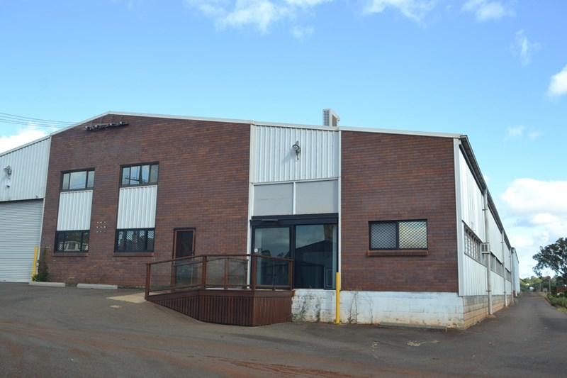 36 Jones Street NORTH TOOWOOMBA QLD 4350