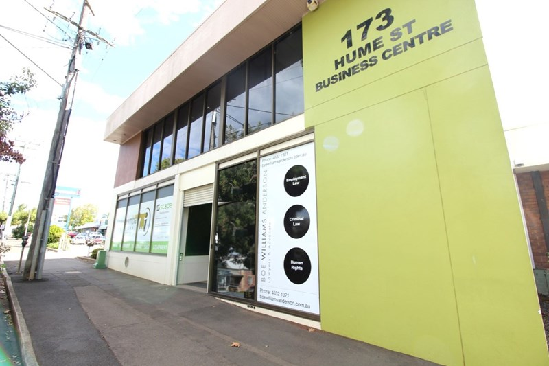 Upper Level/173 Hume Street TOOWOOMBA CITY QLD 4350
