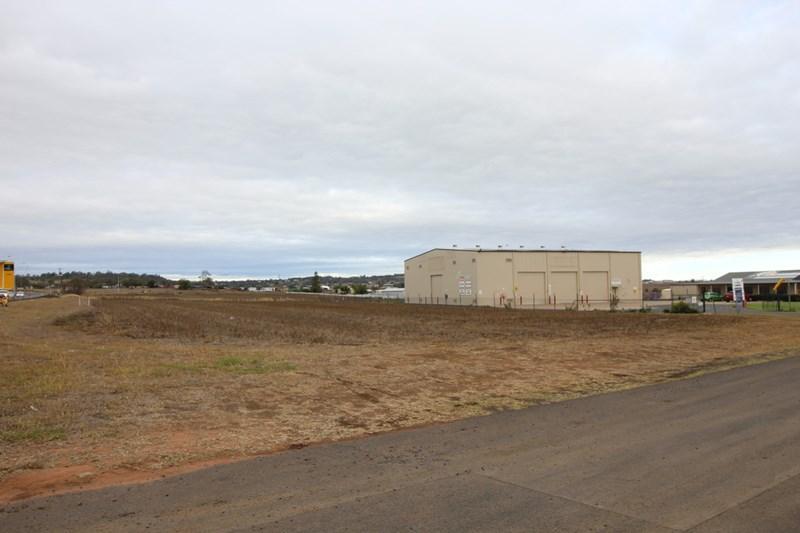10775 Warrego Highway CHARLTON QLD 4350