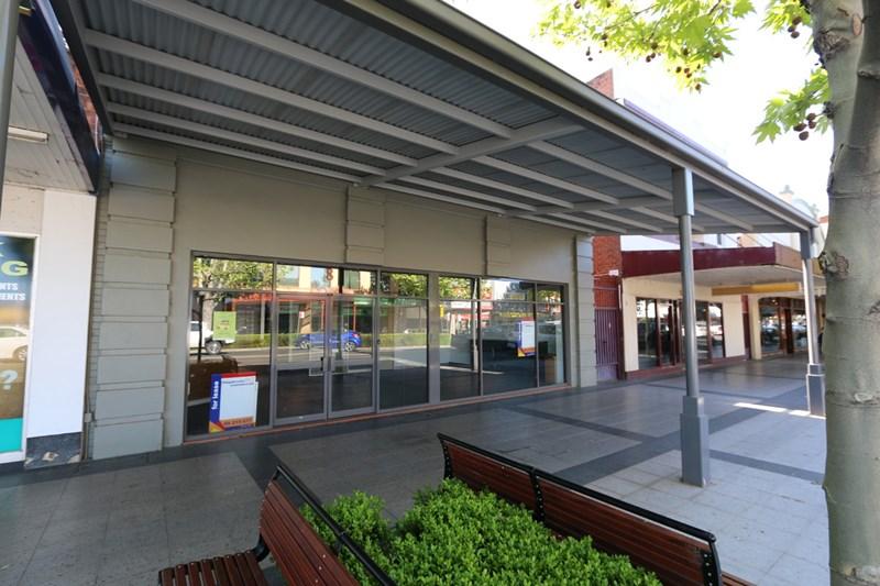 8 Baylis Street WAGGA WAGGA NSW 2650