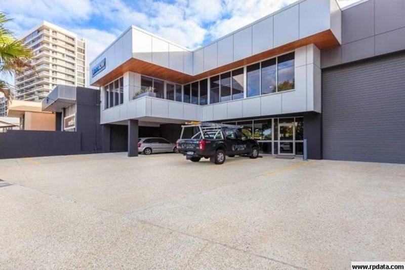 12 Gordon Street NEWSTEAD QLD 4006