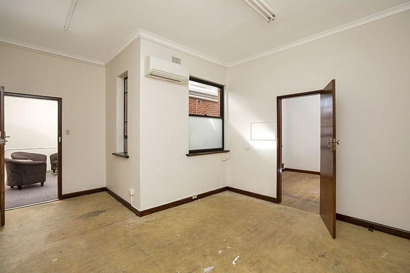 9/11 Fitzroy Street TAMWORTH NSW 2340