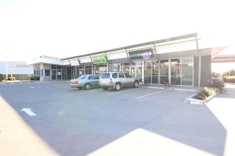 Tenancy 2/1 - 3 Walters Drive HARRISTOWN QLD 4350