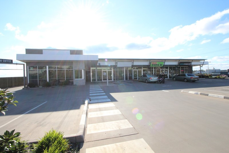 Tenancy 1/1 - 3 Walters Drive HARRISTOWN QLD 4350