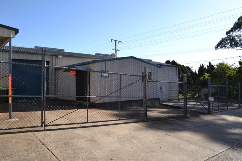 196 Stephen Street HARRISTOWN QLD 4350