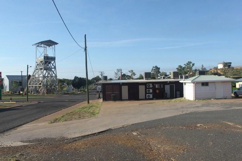 12 Marian MOUNT ISA CITY QLD 4825