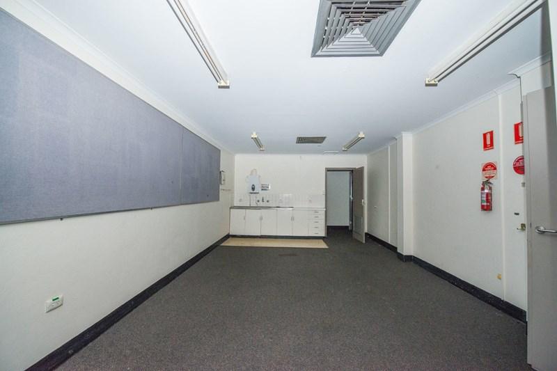 404-408 Peel Street TAMWORTH NSW 2340