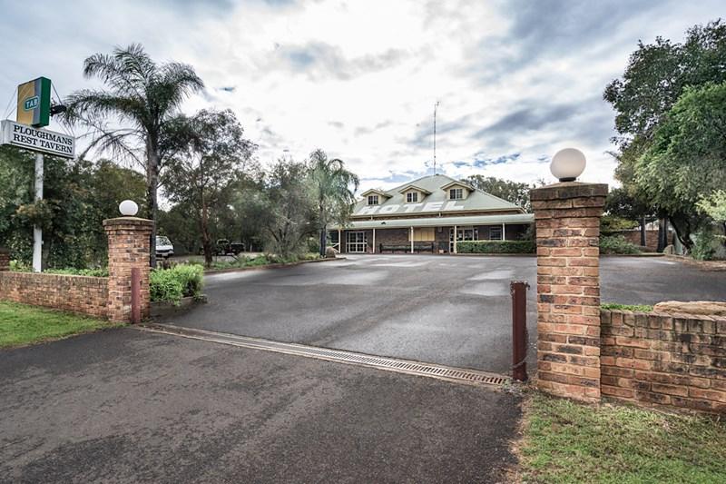 36 Railway Street WONGARBON NSW 2831