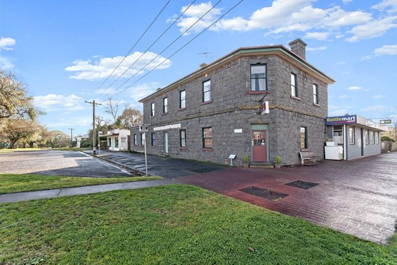 92 Bell Street PENSHURST VIC 3289