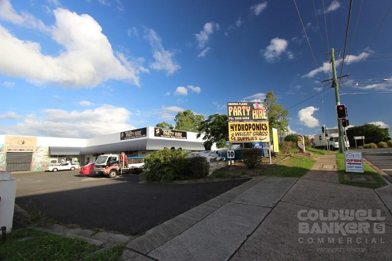 10 Central Court HILLCREST QLD 4118